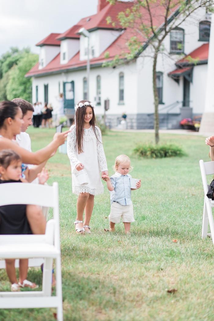 Wisconsin-lighthouse-intimate-wedding-Marisa-Jim-12