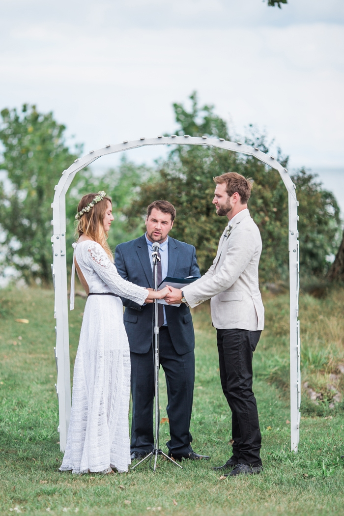 Wisconsin-lighthouse-intimate-wedding-Marisa-Jim-18