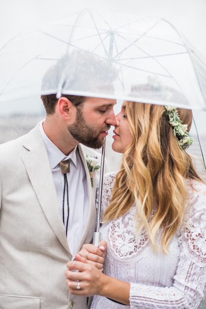 Wisconsin-lighthouse-intimate-wedding-Marisa-Jim-36