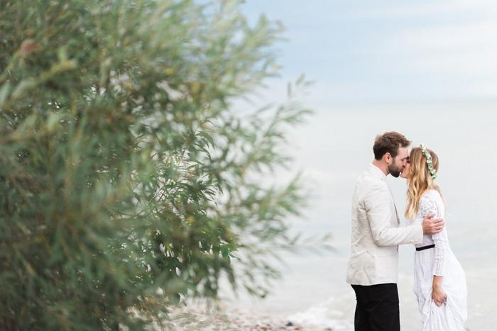 Wisconsin-lighthouse-intimate-wedding-Marisa-Jim-65