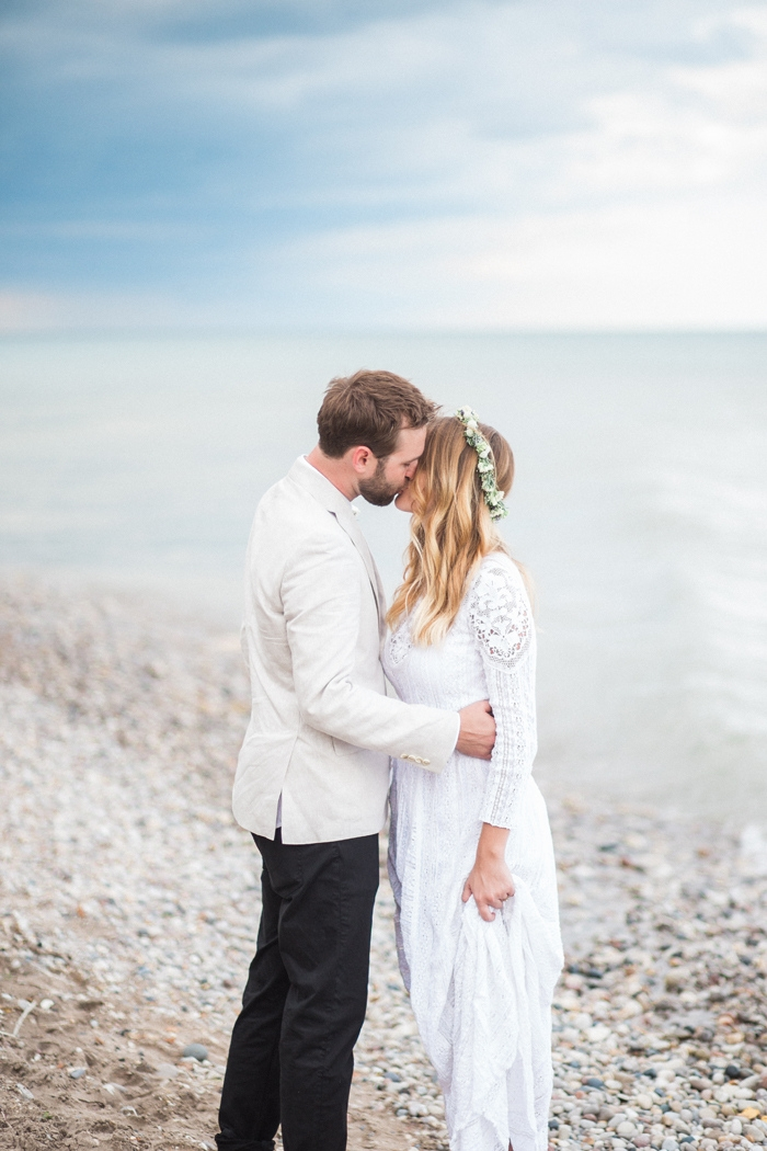 Wisconsin-lighthouse-intimate-wedding-Marisa-Jim-70
