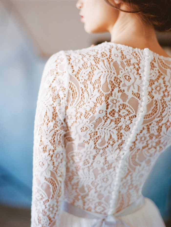 thick lace wedding dress