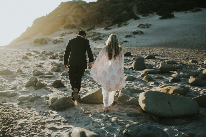http://www.intimateweddings.com/wp-content/uploads/2016/11/Big-Sur-California-Intimate-Wedding-Victoria-William-100-700x467.jpg