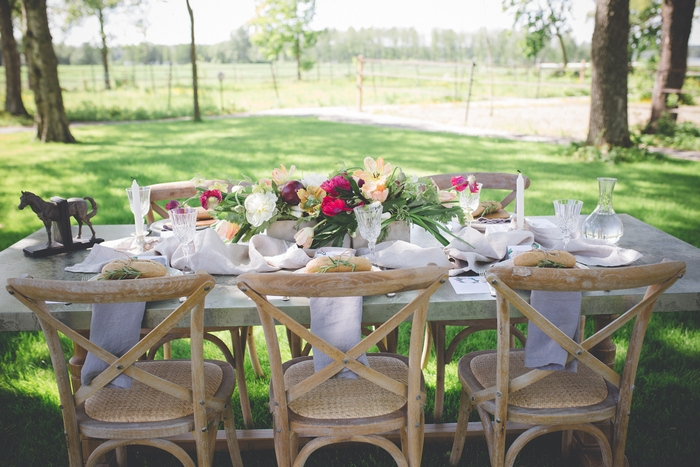 intimate-weddings-finland-farm-to-table-styled-shoot-36