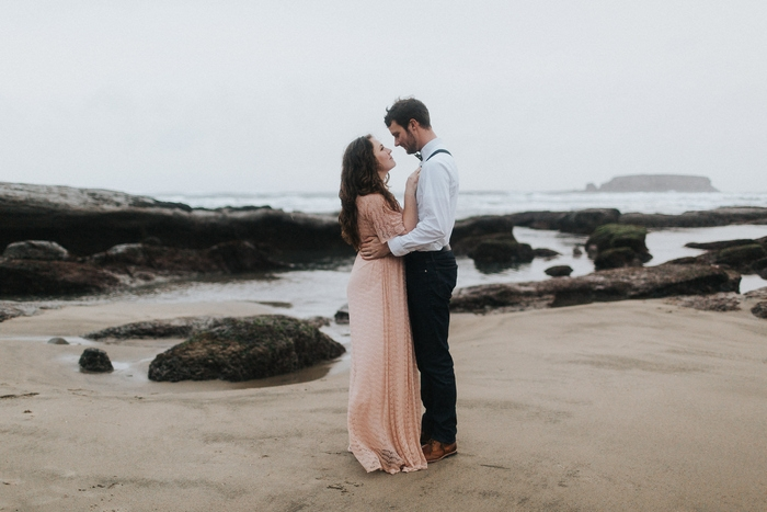 oregon coast valentines day styled shoot