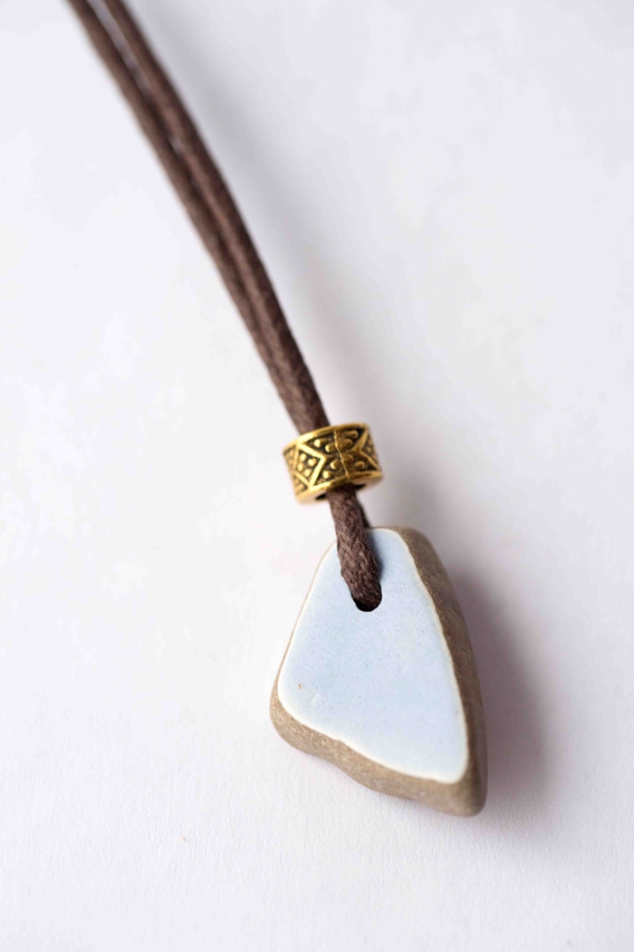 sea-pottery-cord-necklace