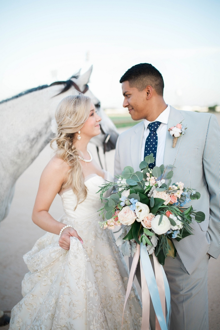 http://www.intimateweddings.com/wp-content/uploads/2017/03/Kentucky-Derby-styled-shoot-Chelsea-Renee-Photography-47-700x1050.jpg