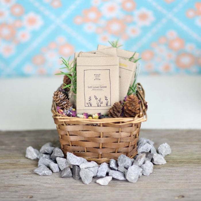 10 Natural Wedding Favors We Love Intimate Weddings Small