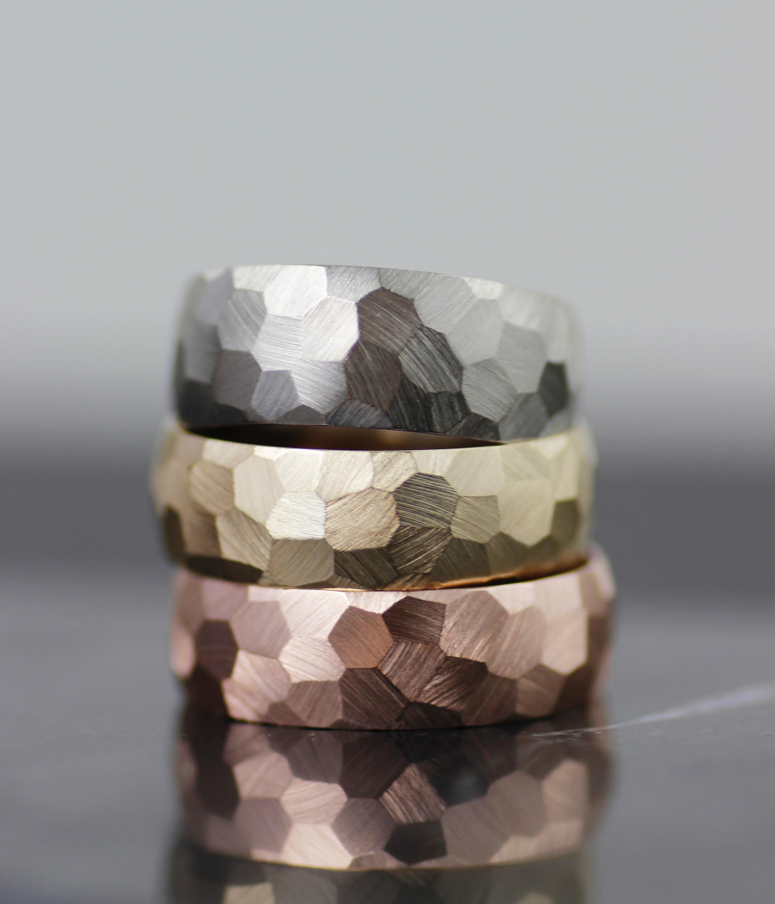 lolide-faceted-wedding-ring-4