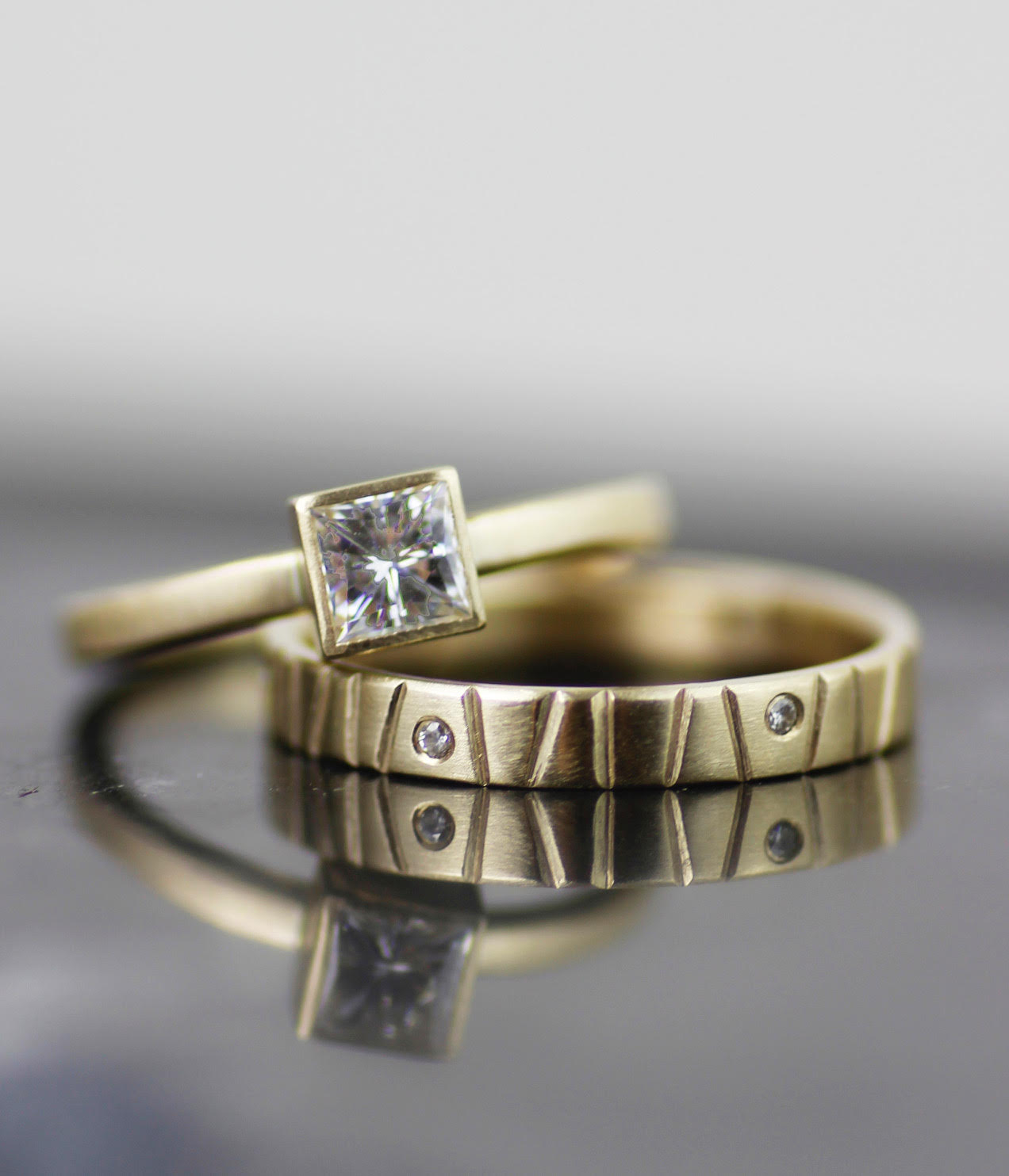 lolide-faceted-wedding-ring-5