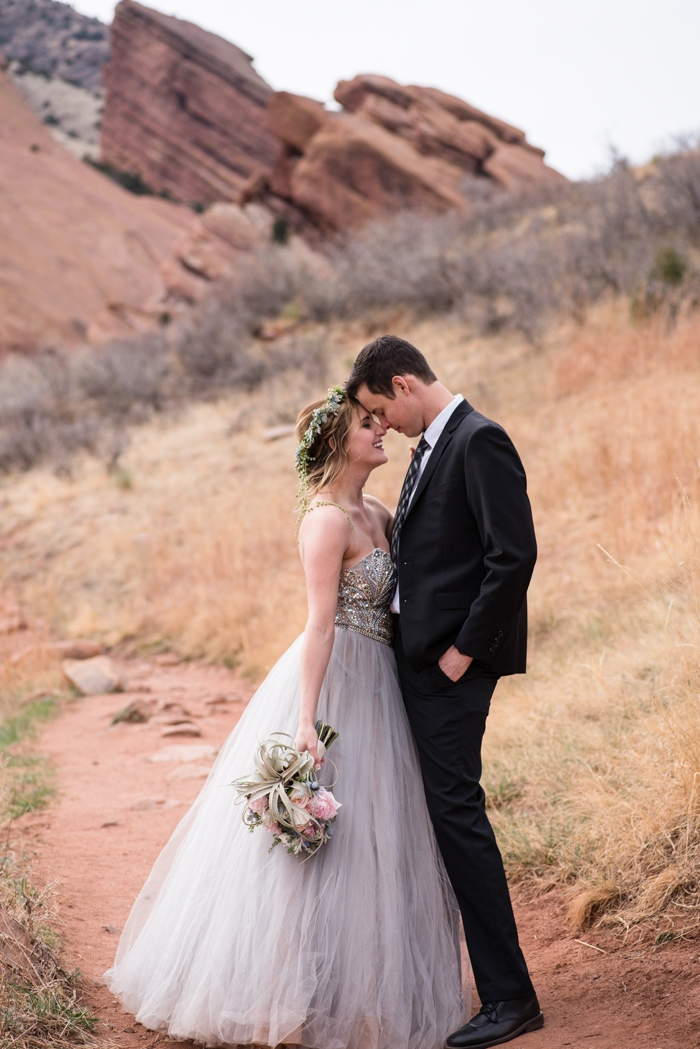 http://www.intimateweddings.com/wp-content/uploads/2017/05/desert-styled-shoot-intimate-weddings-60-700x1049.jpg