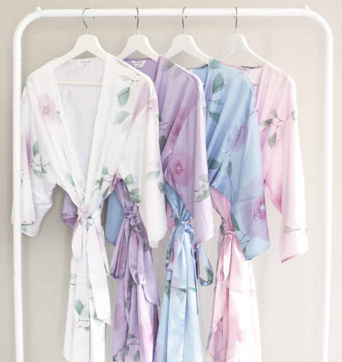 http://www.intimateweddings.com/wp-content/uploads/2017/05/floral-bridesmaid-robes-700x742.jpeg