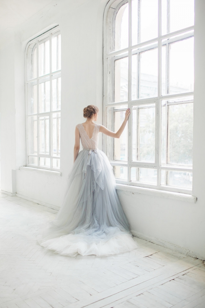 http://www.intimateweddings.com/wp-content/uploads/2017/06/ice-grey-tulle-wedding-gown-etsy-700x1050.jpeg