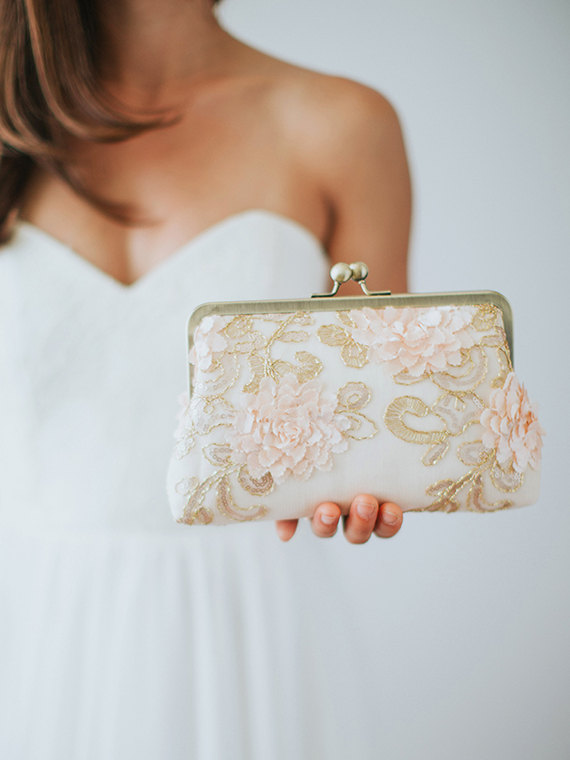http://www.intimateweddings.com/wp-content/uploads/2017/07/clutch.jpg