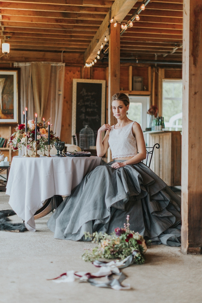 Romantic victoria bc farm styled shoot intimate for Small intimate wedding ideas