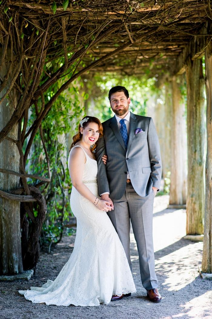 Jenny And Mike S Austin Botanical Garden Wedding Bridalpulse