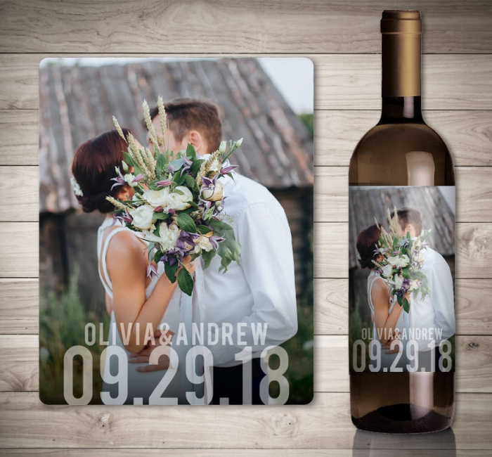 This Adorable Label By Studionellcotediy Reminds Your Guests To Celebrate New Marriage With You