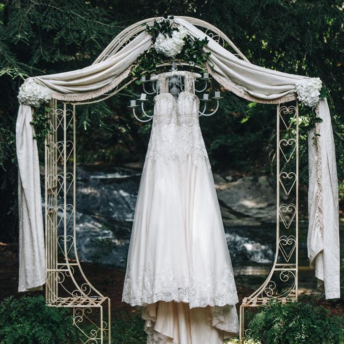 Burruss mill falls intimate weddings small wedding for Wedding venues in buford ga