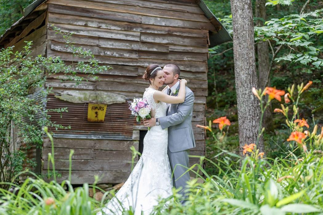 burruss-falls-georgia-small-wedding-6