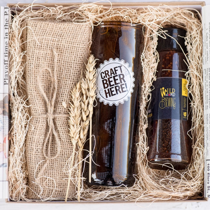 Wedding Party Gifts Canada: Made In Canada Gift Boxes For Your Wedding Party