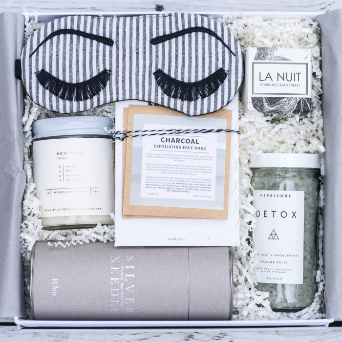 La Vie Diy Diy All Natural Detoxifying Mask: Gorgeous Gift Boxes For Your Bridesmaids