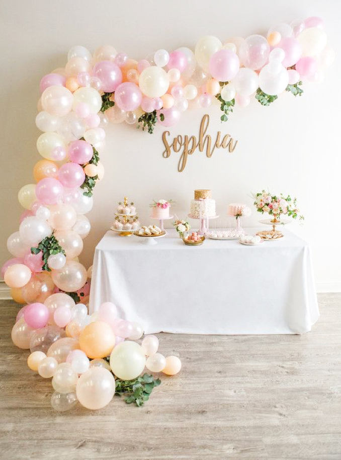 looking for a dramatic touch this 14 foot balloon garland from chrissybpartyshop is guaranteed to impress your besties