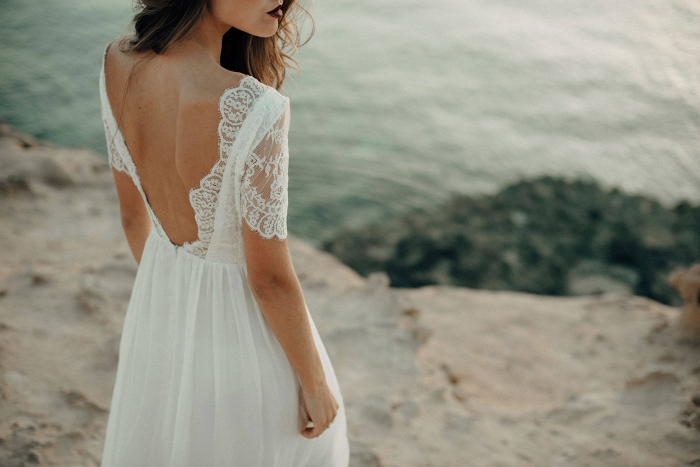 Absolutely Gorgeous Backless Wedding Dresses From Etsy