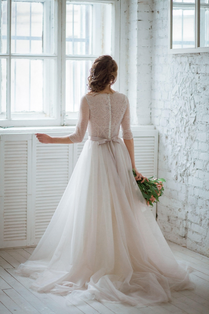 Bow dacious wedding dresses from etsy intimate weddings for Small wedding dress ideas
