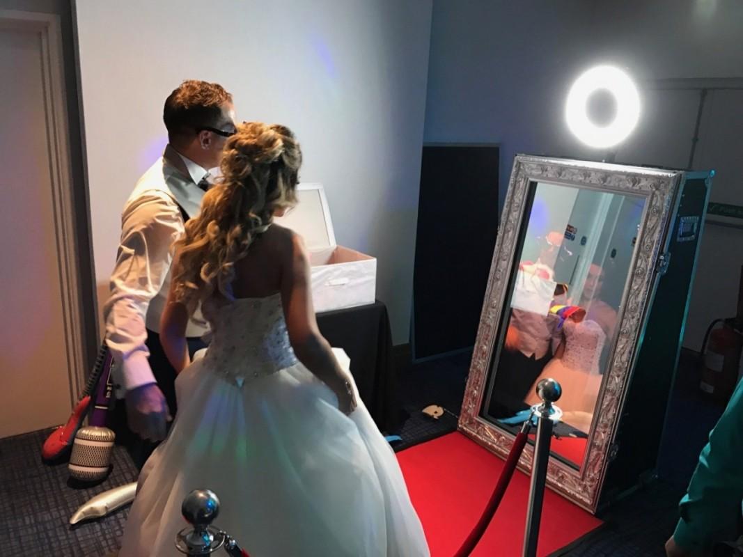 magic mirror bride groom