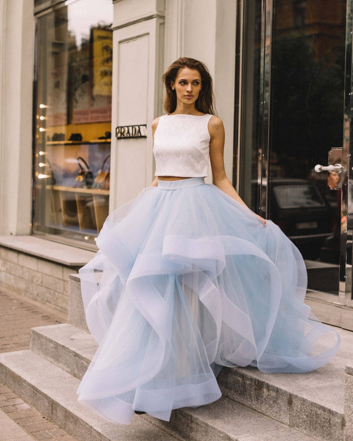 Non Traditional Bridesmaid Dresses For Your Summer Wedding: 8 Ways With Nontraditional Wedding Dresses