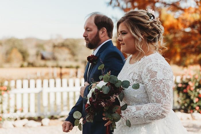 missouri barn wedding