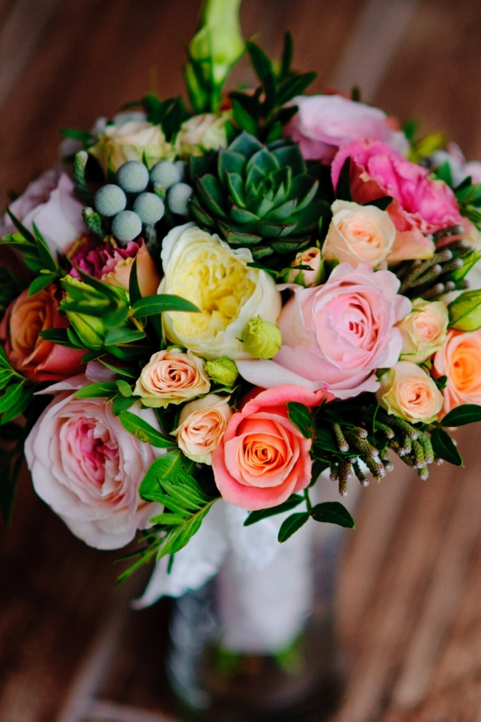 bridal bouquet ideas intimate weddings