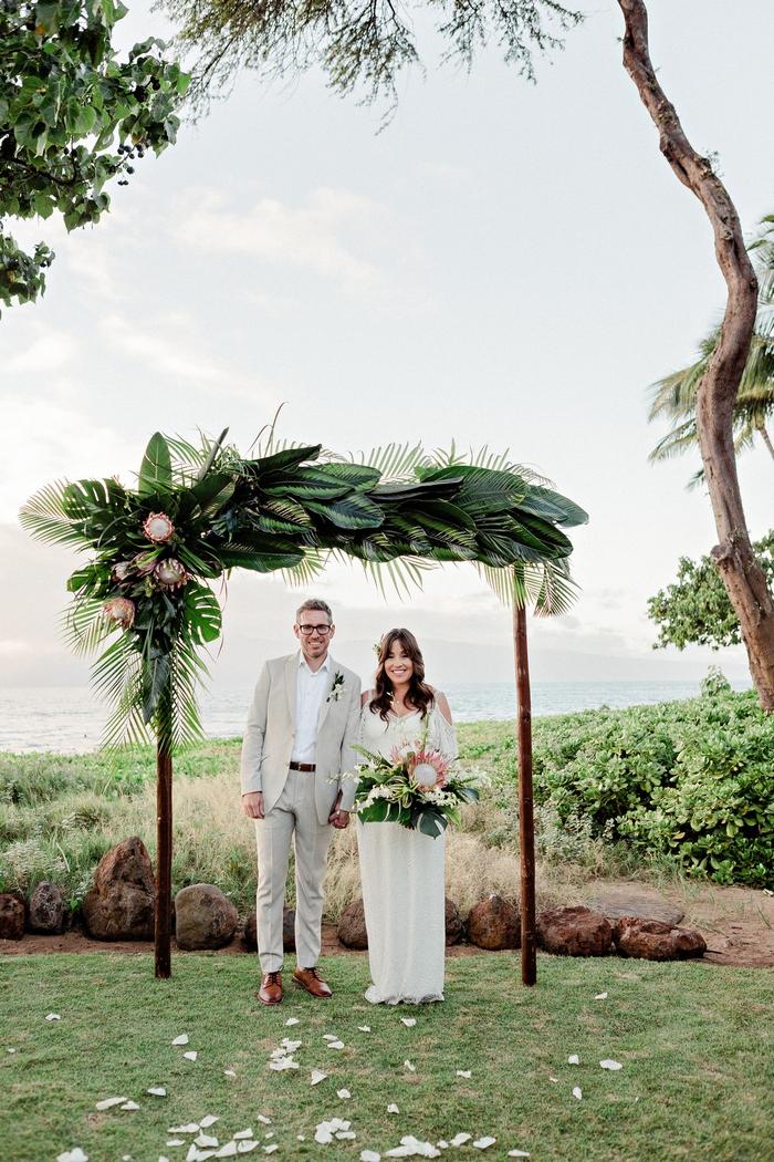 small boho wedding in hawaii