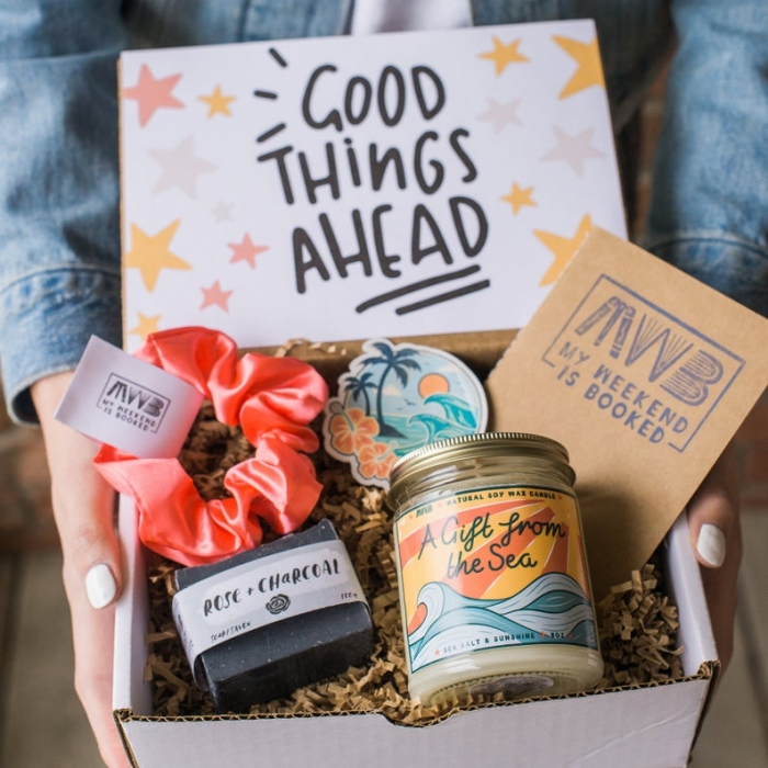 summer gift box for her with candle