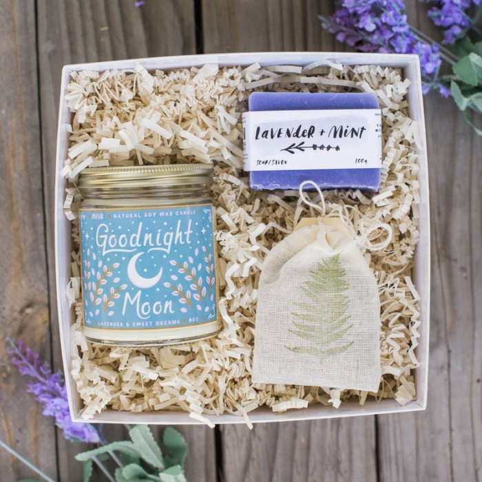 lavender gift box mother-of-the-bride